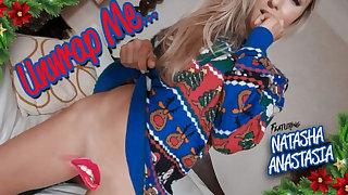Natasha Anastasia wide Unwrap Me... - StripzVR