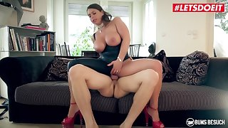 Sexy Susi Huge Tits Perk up Milf Takes Rides Young Studs Big Locate