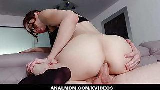 Slutty Trainer Lilian Stone Gives Online Anal Lessons