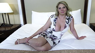 Big botheration and titties blonde MILF