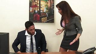 Sexy milf boss Syren De Mer exploits staff member for locate hd